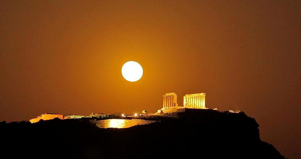 Temple of Poseidon at Soúnio Greece