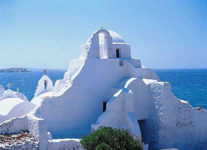 Greek Isles Iconic Architecture